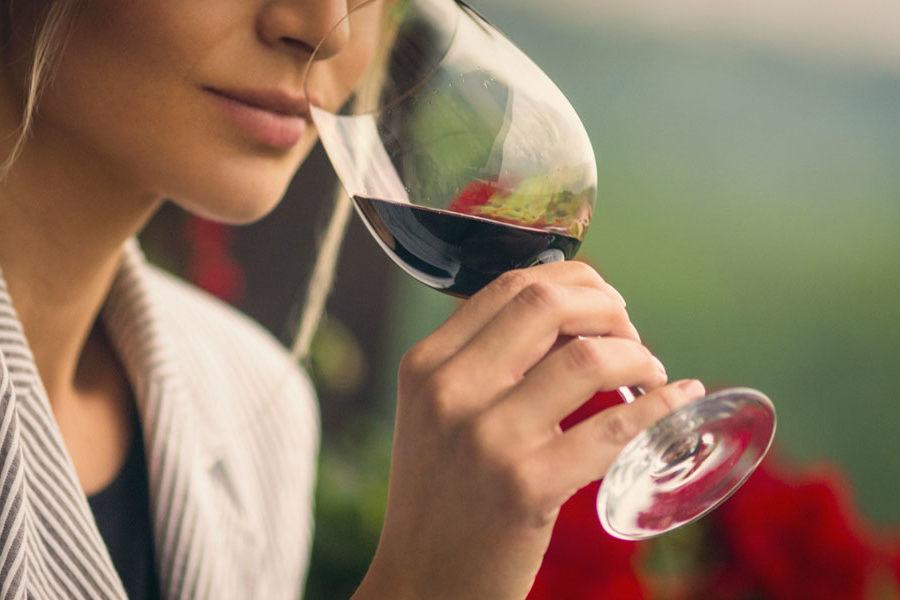 Ad ognuno il suo vino – i nostri consigli per regalare il vino giusto